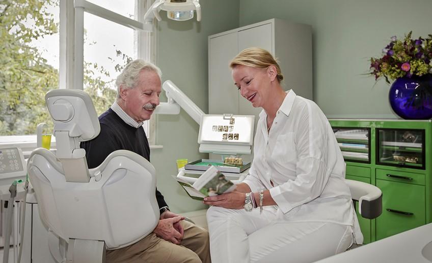 dr_wendorff_van_riesen_zahnarztpraxis_dahlem_beratung_parodontologie